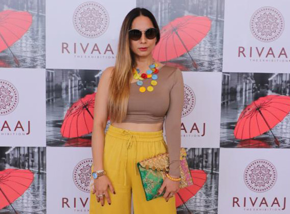 Vanitaa Rawat a well known Content Creator and NLP Practitioner inaugurates Rivaaj Fashion Lifestyle Art exhibition