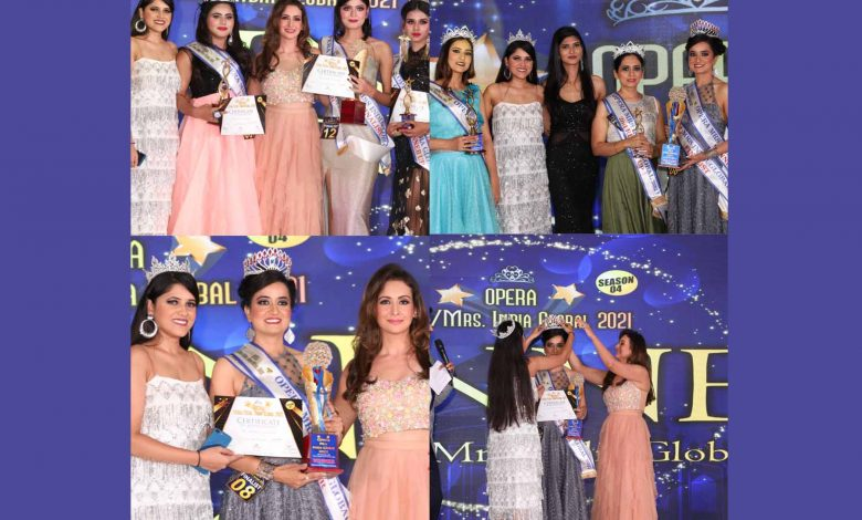 Crowning done by Bollywood Actress Preeti Jhangiani and Show Director Neha Singh